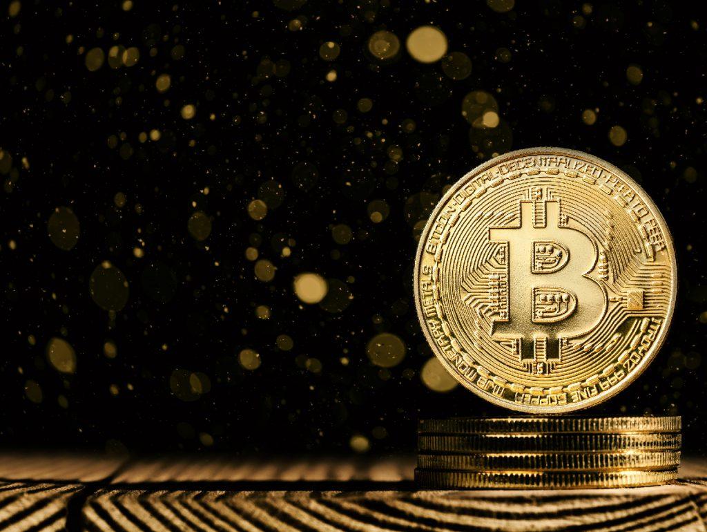 hpw many people use bitcoin Bitnovo